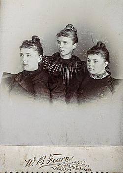Old Cabinet Card - Zena, Zettie, Anna Busboom
