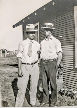 Old Photo - J. N. (Noble) and B W. Lindley